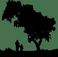 Zwei Personen neben einem Baum - Schwarz-Weiss